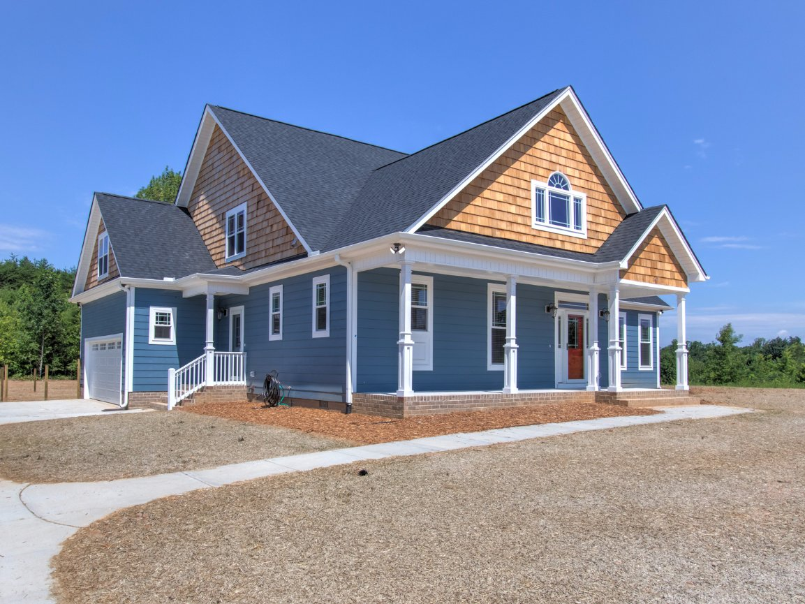 Home tanner built homes llc greensboro nc for Home tanner