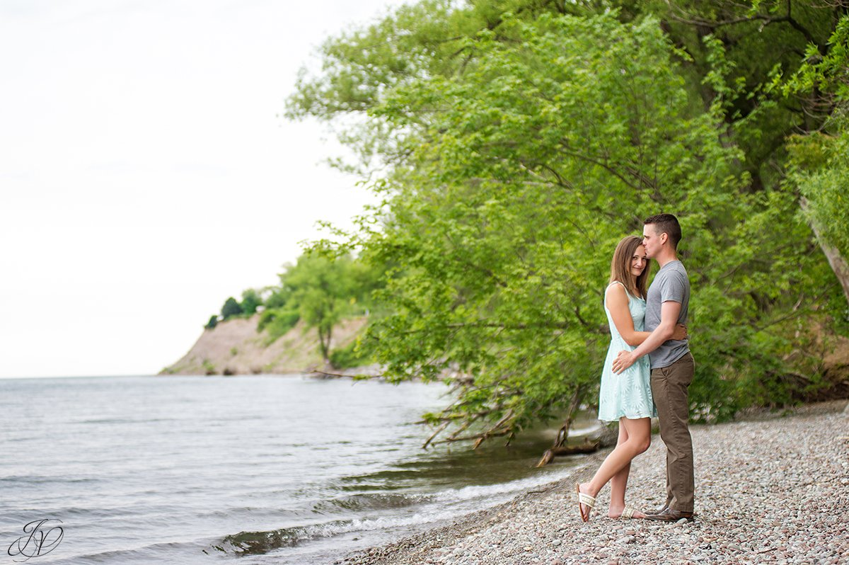 waterfront engagement photos chimney bluffs state park