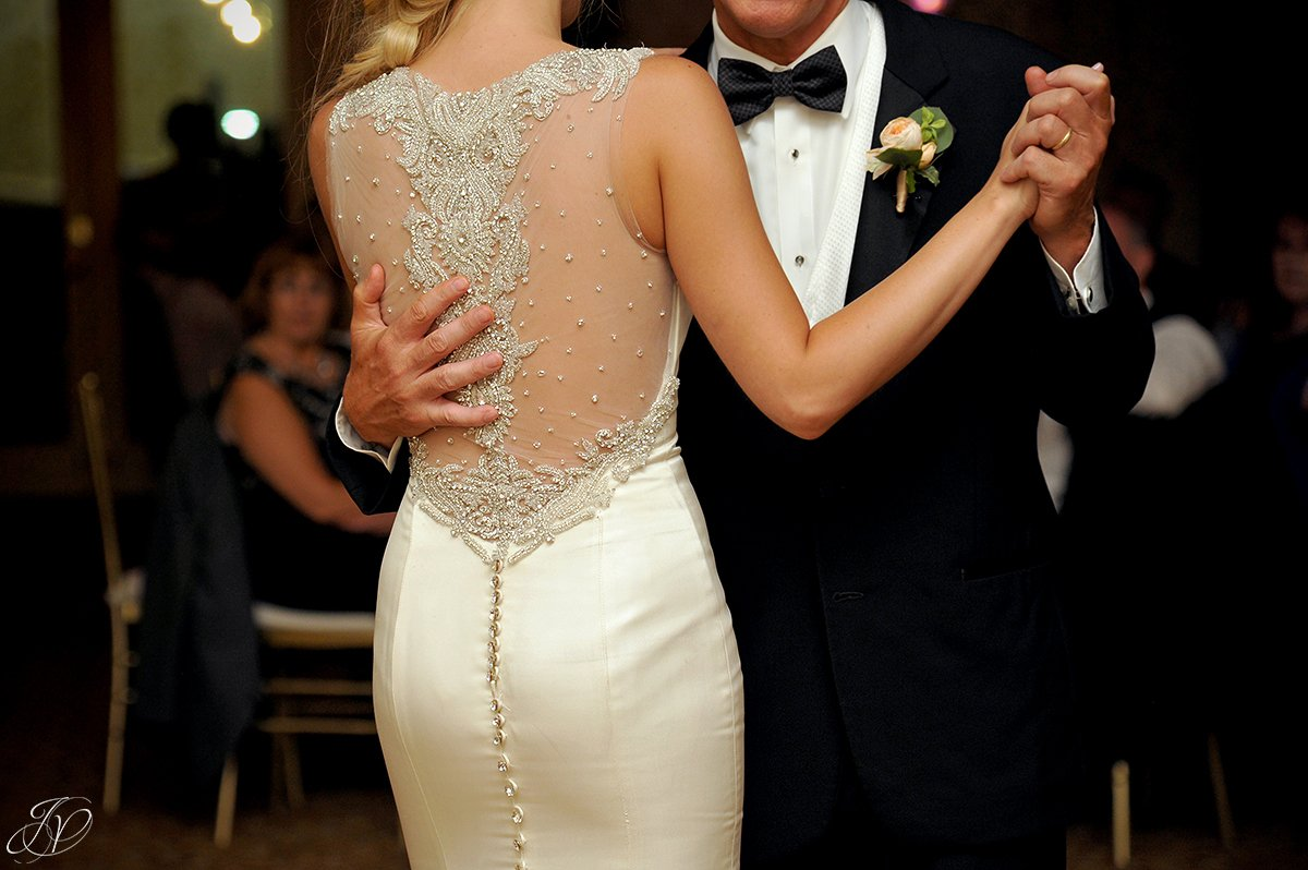 father daughter dance at reception