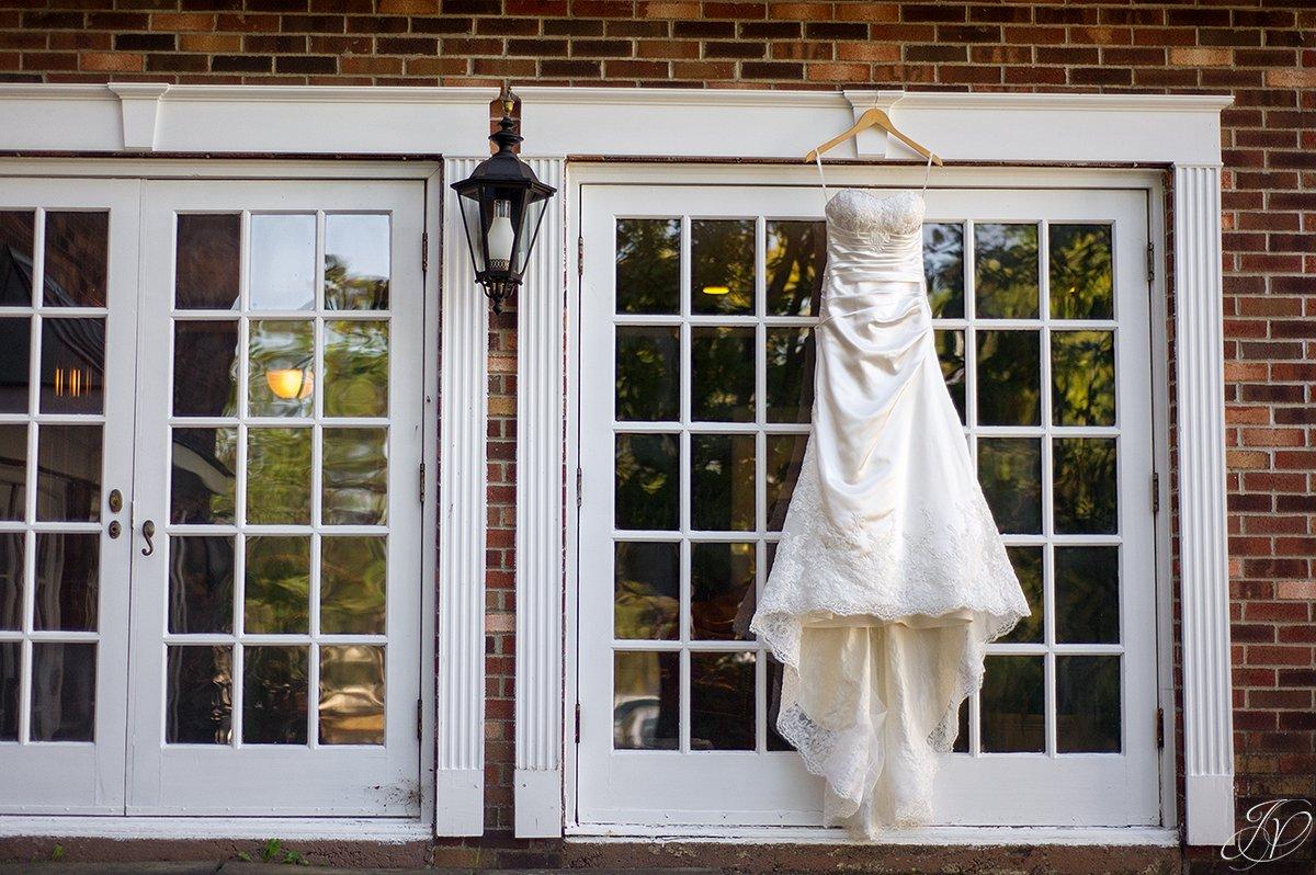 unique wedding dress jessica painter photography