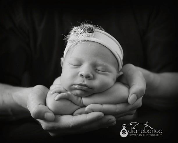 Riverside Newborn girl photo