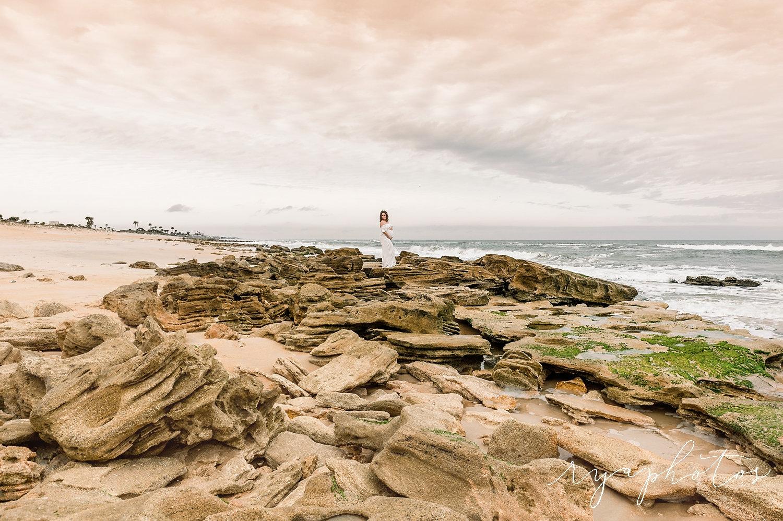Ponte Vedra beach rocks, gorgeous beaches, Ryaphotos, beach maternity session