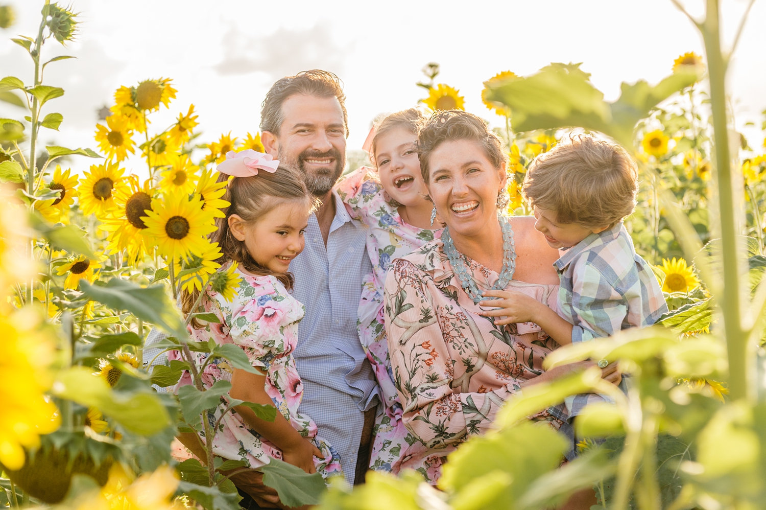 sunflower family photoshoot, sunflower pictures, sunflower family pictures, Rya Photography